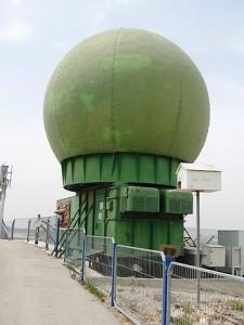 Die Radaranlage, die die Daten der Vogelzüge sammelt
