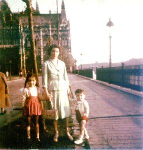 Mit Mutter und Schwester noch in Budapest